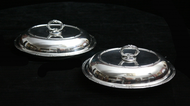 jamesparkesbritishsterlingsilvervegetableservers-1907-two-1000