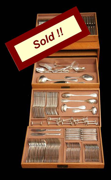 BOIN TABURET ANTIQUE STERLING SILVER FLATWARE SET + STORAGE CHEST + 17 SVG.  PCS.